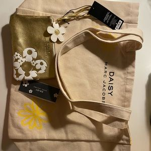 Marc Jacobs Daisy Tote Bag & Mini Wristlet